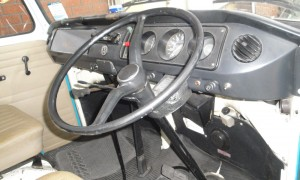 1505559668505-1971-Volkswagen-T2-Camper-Van-Dormobile_31