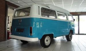 1505559668505-1971-Volkswagen-T2-Camper-Van-Dormobile_9