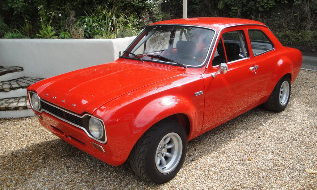 1539427128338-1972-Ford-Escort-RS-1600_52