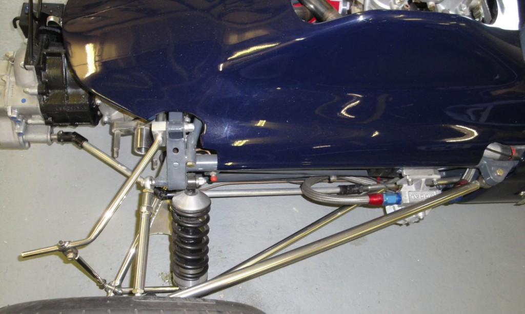 LOT 69 - 1969 CHEVRON FORD B15 FORMULA 3 RACING SINGLE-SEATER_0011_Layer 22
