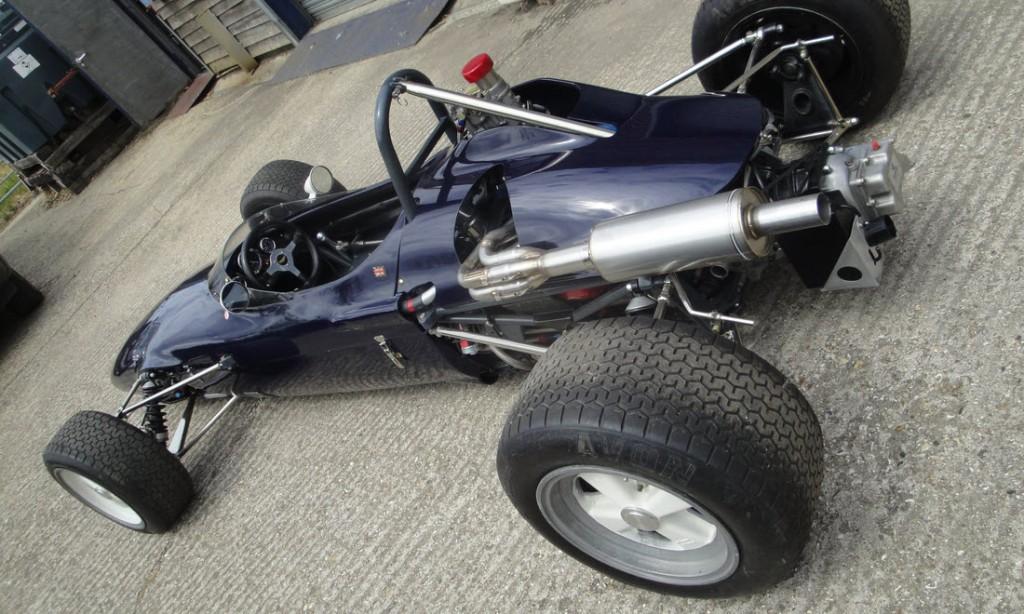 LOT 69 - 1969 CHEVRON FORD B15 FORMULA 3 RACING SINGLE-SEATER_0023_Layer 10