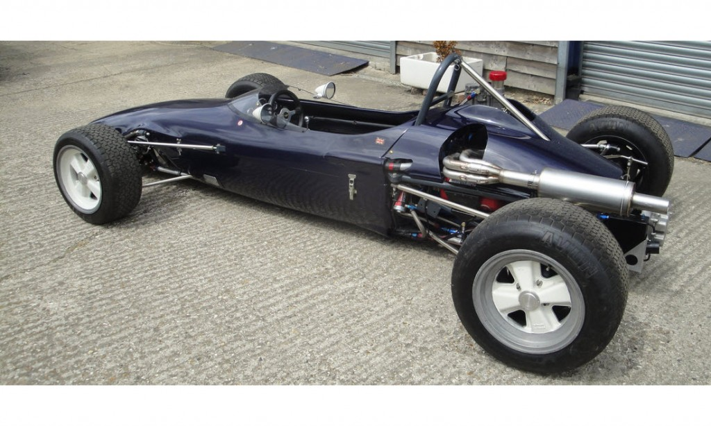 LOT 69 - 1969 CHEVRON FORD B15 FORMULA 3 RACING SINGLE-SEATER_0025_Layer 8