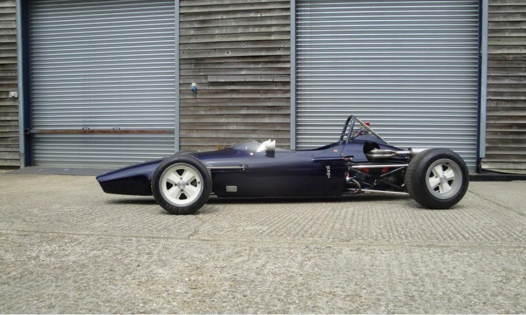 LOT 69 - 1969 CHEVRON FORD B15 FORMULA 3 RACING SINGLE-SEATER_0031_Layer 2