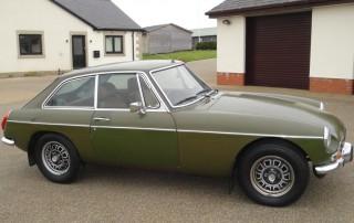 1490093492464-1975-MGB-GT-V8_4