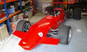 LOT 70 - 1970 CHEVRON FORD B17C FORMULA 2 RACING SINGLE-SEATER_0018_Layer 2