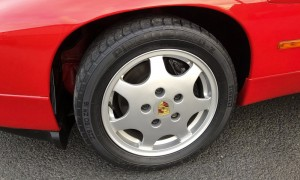 Lot 68 - Porsche 928_0001_Layer 20