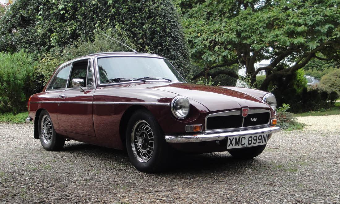 Lot 39 - 1974 MGB GT V8 SOLD for £17,417
