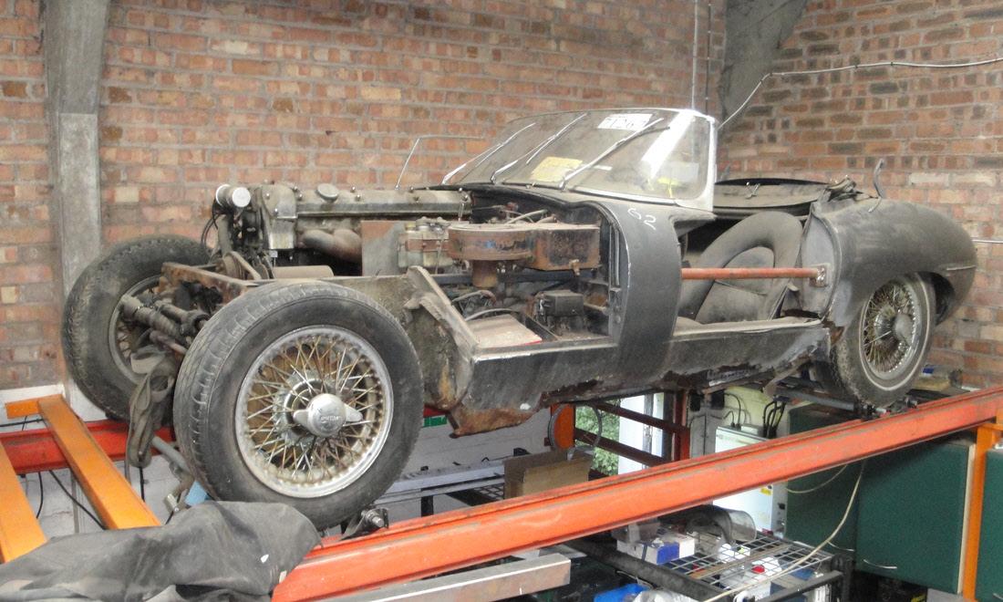 Lot 86 - 1962 Jaguar E-Type 3.8-Litre 'Series 1' Roadster SOLD for £41,003