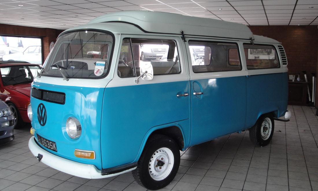 Lot 37 1971 Volkswagen T2 Camper Van Dormobile